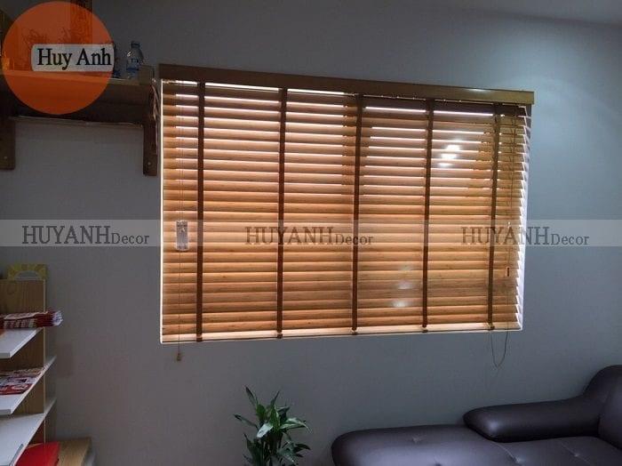 Rèm gỗ văn phòng, rèm cửa sổ gỗ tự nhiên giá rẻ BH 3 năm