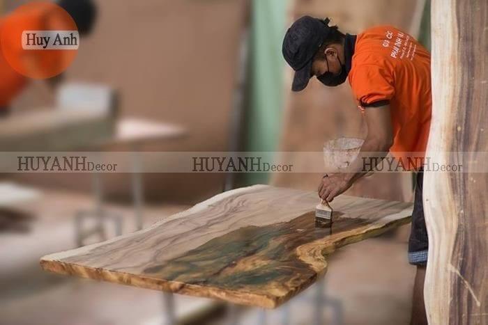 Bàn ghế gỗ nguyên khối, mặt bàn gỗ nguyên tấm giá rẻ ở Hà nội