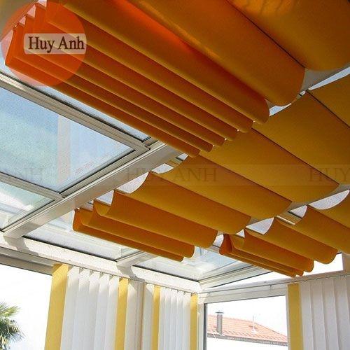 Rèm thả trần – Lắp đặt màn rèm che giếng trời tự động, kéo tay rẻ