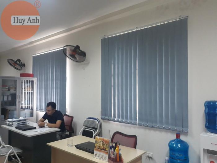 Rèm nhựa lật cho văn phòng lắp đặt tại Mai dịch Cầu giấy